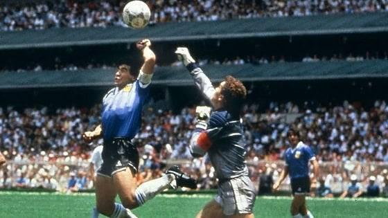 Maradona mano de dios